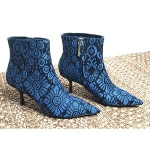 Zara Basic Blue Black Lace Heel Bootie Boot